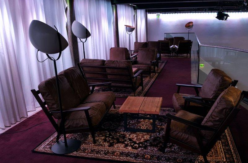 Mobiliar fuer lounge mieten frankfurt