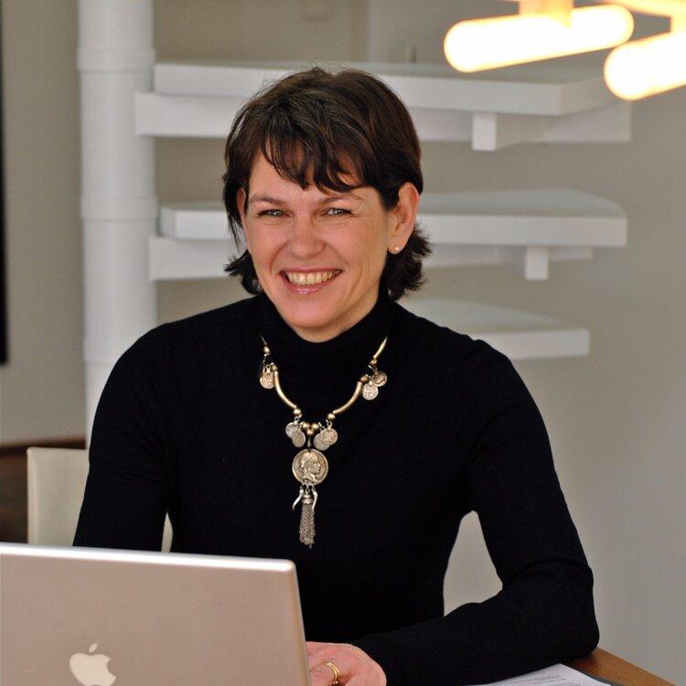 Susanne Schnelle